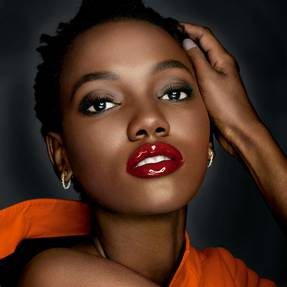 Maybelline España Herieth Paul pintalabios gloss brillo de labios